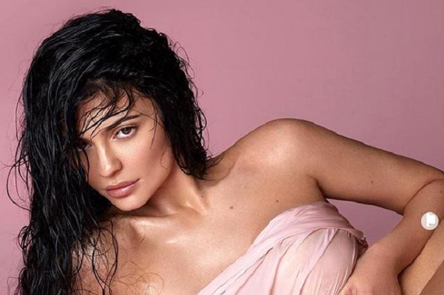 Kylie Jenner vende en 600 mdd parte de su compañía de cosméticos