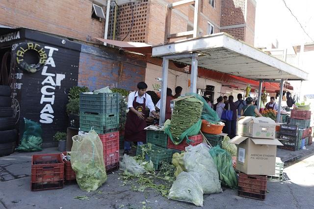 Vecinos de La Margarita exigen el retiro de los ambulantes