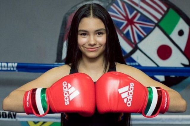 La Niña de Oro, boxeadora de Acatlán, gana campeonato en EU
