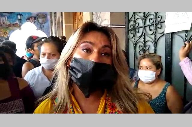 Tianguistas de Tehuacán se inconforman por evasivas del ayuntamiento