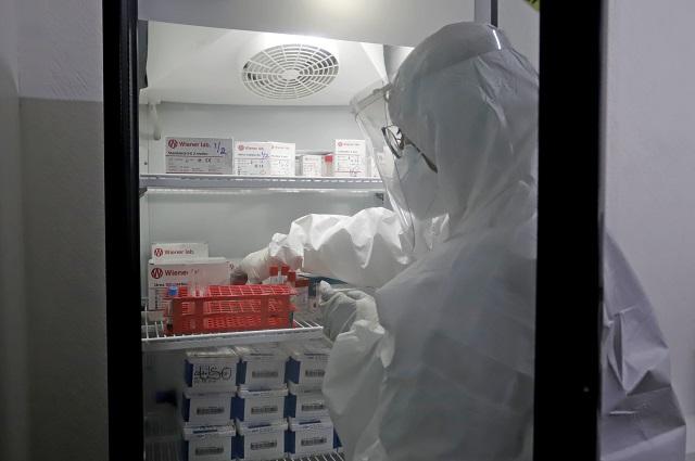 IMSS pide a recuperados de Covid donar plasma; SSA lo descarta