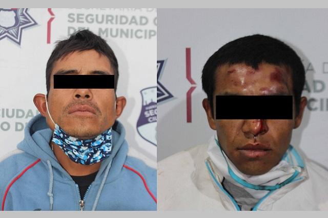 Caen en Puebla capital dos asaltantes de transeúntes
