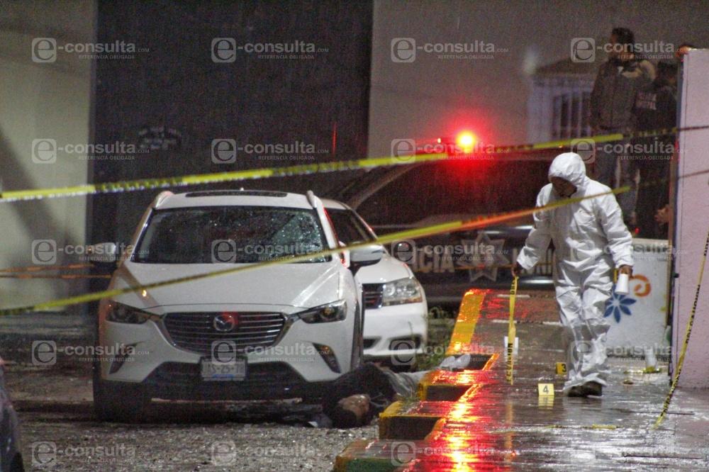 Matan a presunto ladrón de autos atrás de Plaza San Diego