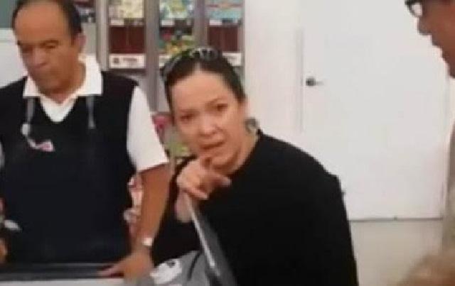 #LadySoriana insulta a cajera y amenaza a clientes