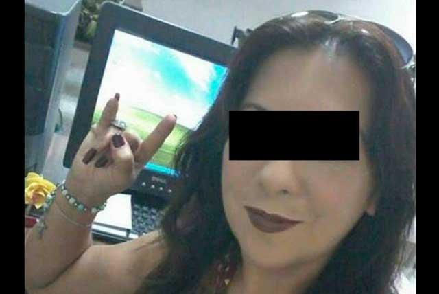 #LadyChacal Acusan a maestra de tener sexo con alumnos a cambio de buenas notas