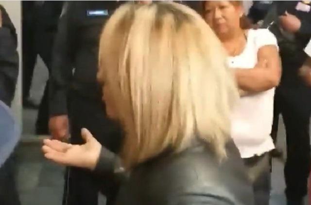 Lady Chancla: Mujeres discuten en el Metro por una chancla