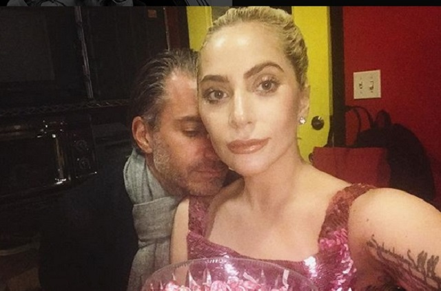 Lady Gaga confirma compromiso matrimonial con su agente