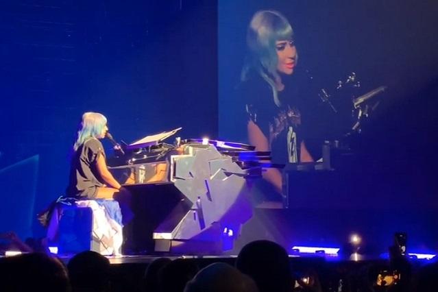 Esto dijo Lady Gaga en Las Vegas antes de cantar Shallow