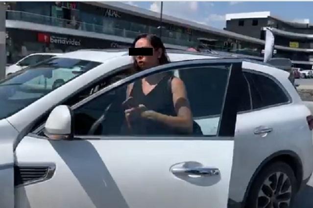 Lady Morosa: Mujer atropella a un hombre y quita celular a reportero