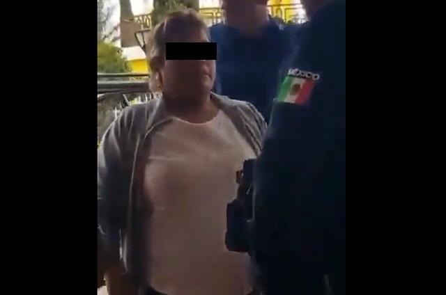 Lady Regidora insulta a policía y lo llama pinche gatito