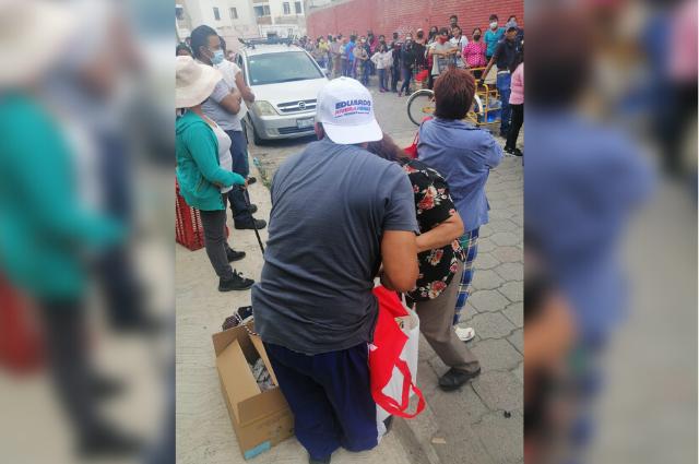 Carvajal denuncia entrega de leche a favor de Rivera Pérez