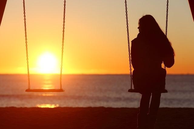 10 señales que advierten a una mujer que es la amante y no lo sabe