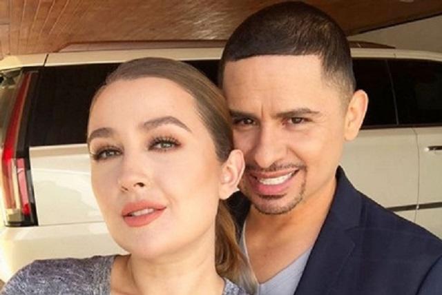 Larry Hernández y Kenia Ontiveros ya se casaron