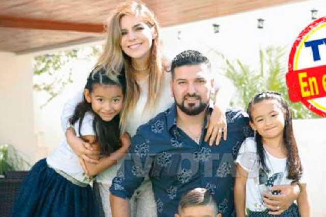 Ex de Karla Luna asegura que sus hijas le dicen mamá a Karla Panini