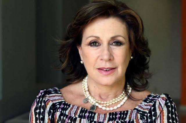 Laura Zapata da vuelta a la hoja a problema con conductor peruano