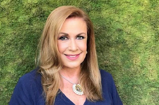 Foto: Laura Zapata cambia de look y la comparan con Aracely Arámbula