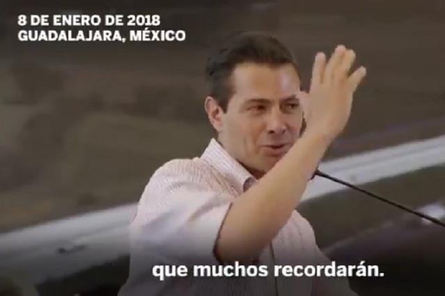 Peña Nieto niega que lea poco y El País le responde con video de la FIL