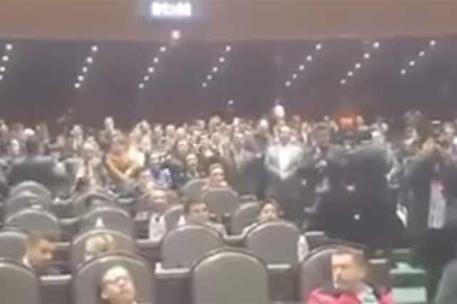 Conapred exhorta a diputados a no gritar en el Congreso Ehhh, Puto