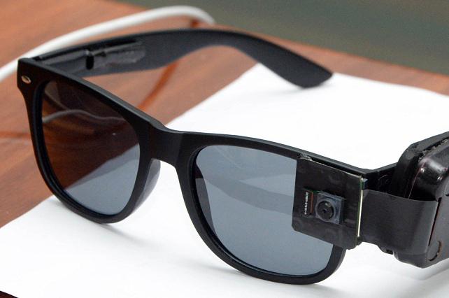 InteLentes: Crean prototipo de lentes inteligentes para débiles visuales