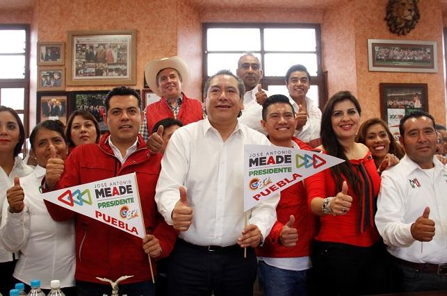 Corrige Leobardo Soto y llama al voto útil por Meade y Doger