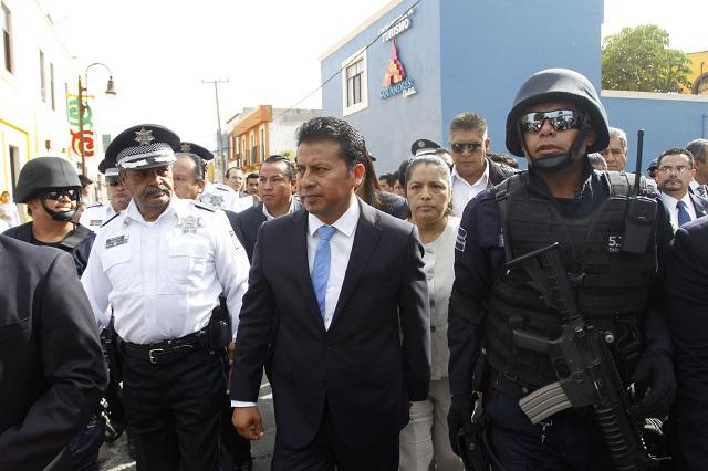 Vinculan a proceso a Leoncio Paisano y seguirá en prisión