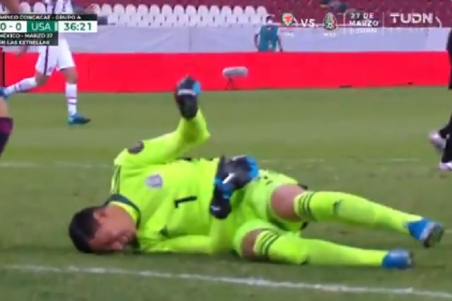 Luis Malagón sufre terrible lesión durante juego ante Estados Unidos