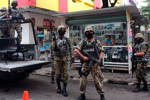 Enfrentamiento con delincuente deja par de marinos muertos en Sinaloa