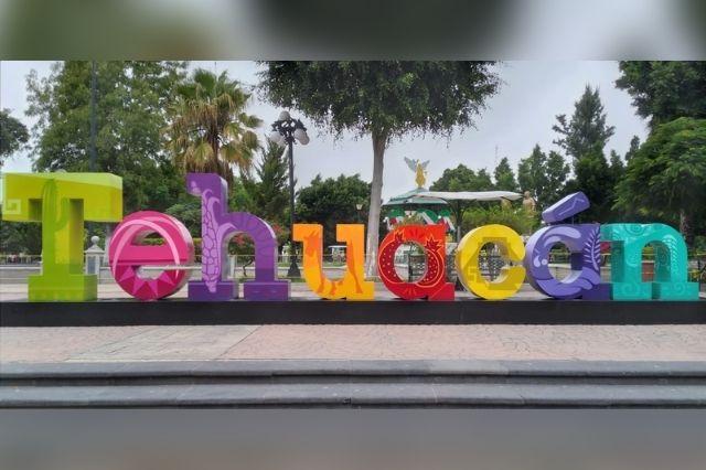 Comuna de Tehuacán gasta 149 mil pesos en letras gigantes