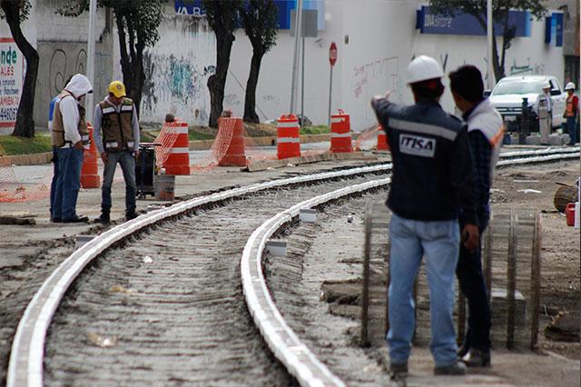 Equivocan trazo del  tren turístico y afectan a 300 familias