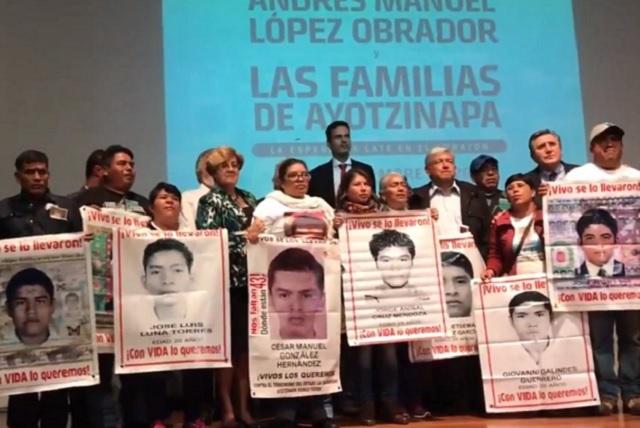 Juez ordena liberar a 8 acusados de la desaparición de los 43