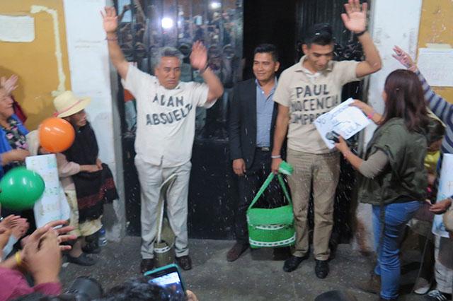 Quedan libres los Xicale y acusan de traidor a Leoncio Paisano