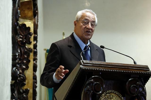 Sí quiero ser el gobernador interino, dice Guillermo Pacheco Pulido