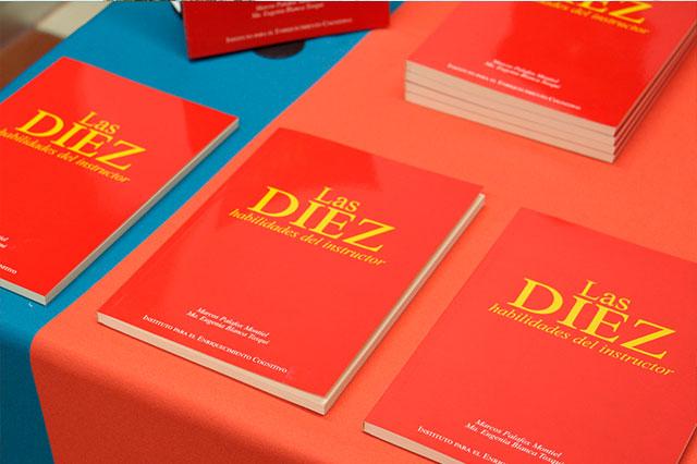 UMAD publica libro para mejorar transmisión del conocimiento