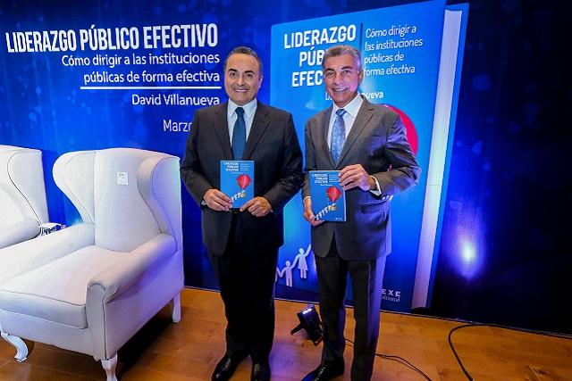 Presenta Gali el libro Liderazgo Público Efectivo de David Villanueva