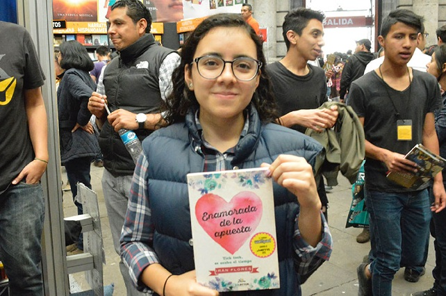 Enamorada de la apuesta, la novela escrita por una estudiante de 16 años