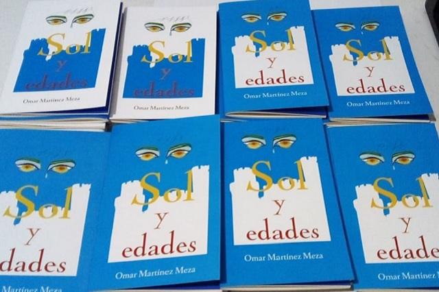 De maestro a escritor, poblano publica primer libro de poemas