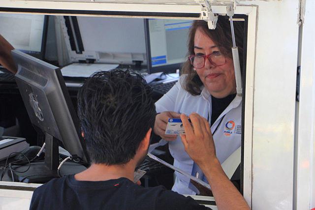 Tramitan casi 38 mil conductores licencias permanentes en Puebla
