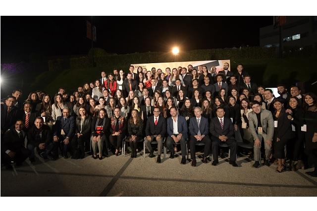 Cumple 15 años Licenciatura en Comunicación de Anáhuac Puebla