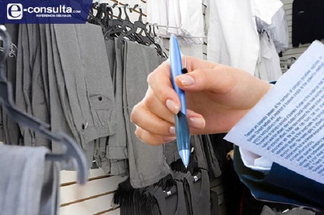 Van 12 empresas por millonaria compra de uniformes en Puebla