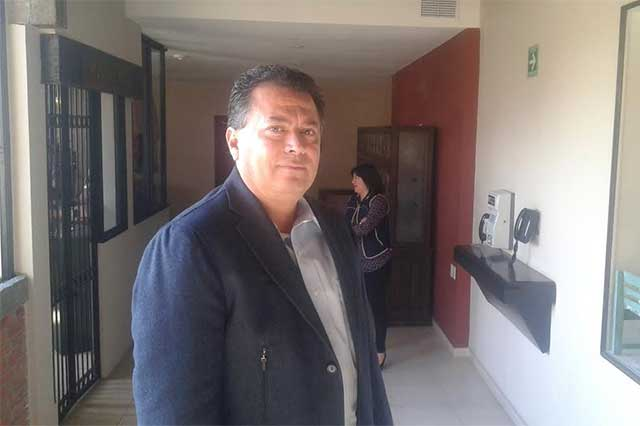 Líder SNTE culpa a gobierno federal por asaltos alrededor del Cenhch