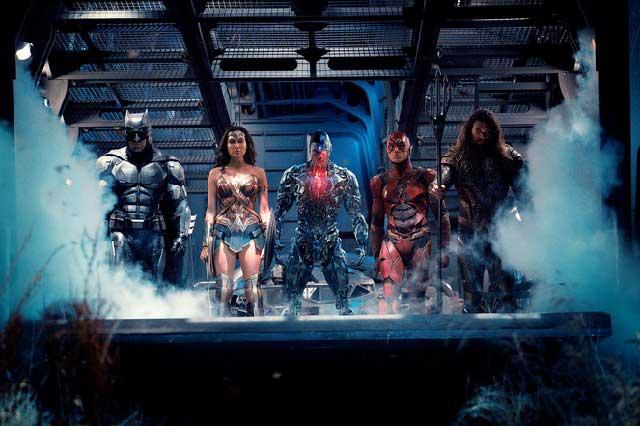 Golpean críticas a La Liga de la Justicia y destrozan a Batman y Superman