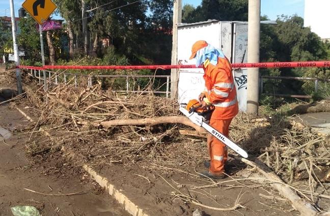 Limpian colonias en Puebla capital tras lluvias de fin de semana