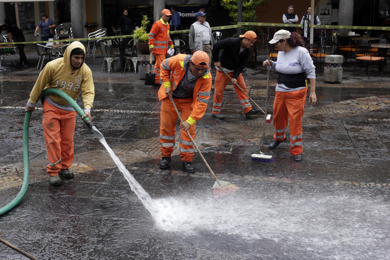 Zócalo de Puebla, entre los sitios más sucios, señala ayuntamiento