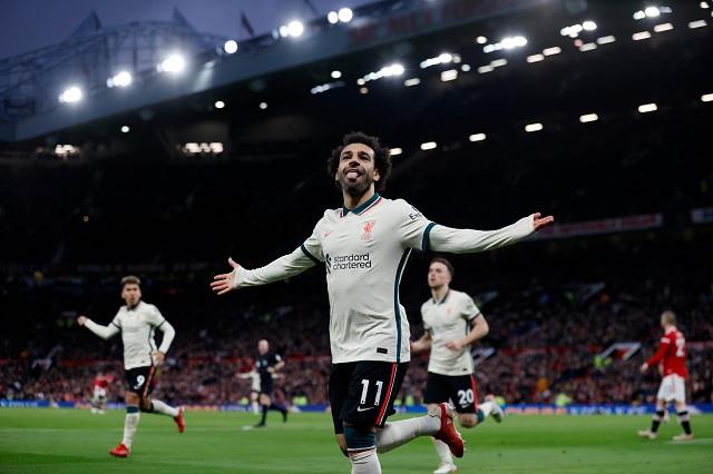 Liverpool humilla al United de CR7; afición abandonó el estadio