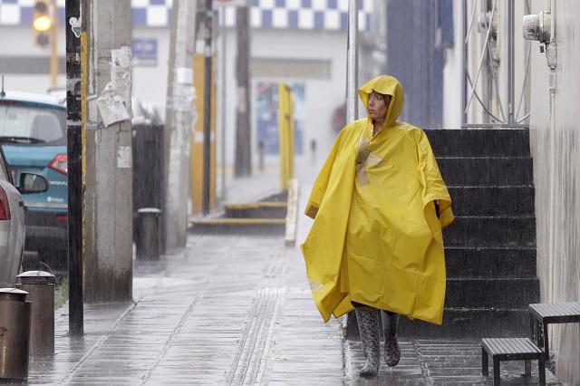 Seguirán lluvias en Puebla alerta Protección Civil Estatal