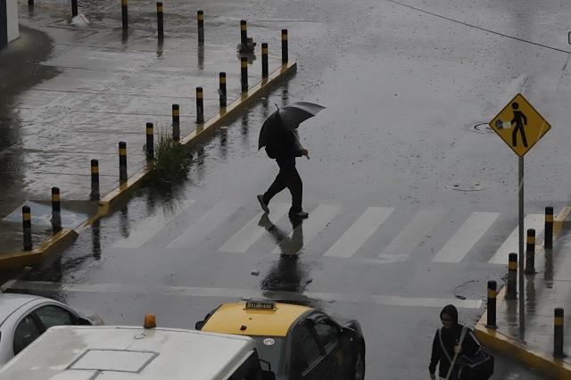 Caluroso y con chubascos, el clima para Puebla este jueves