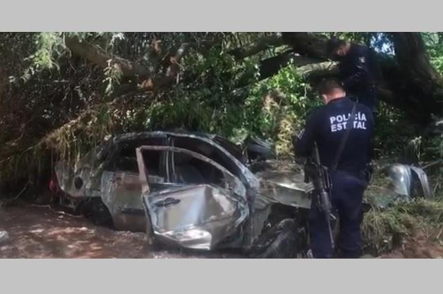 Lluvias dejan pérdidas materiales y un muerto en Piaxtla