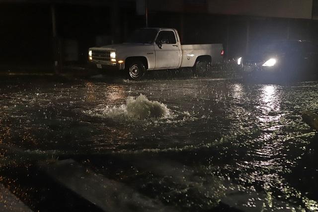 Esperan lluvias con descargas eléctricas y granizo en Puebla
