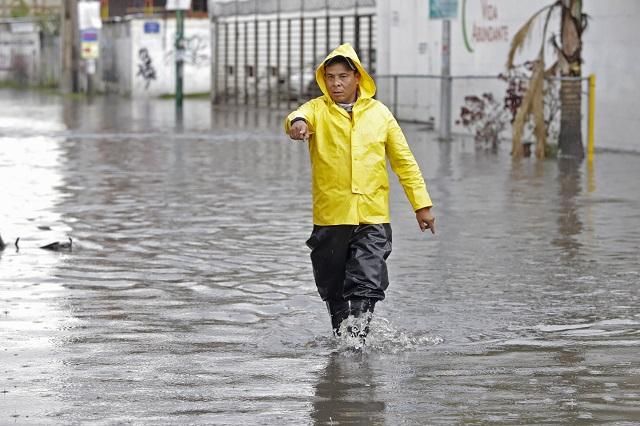 Seguirán los aguaceros en Puebla y otros 12 estados