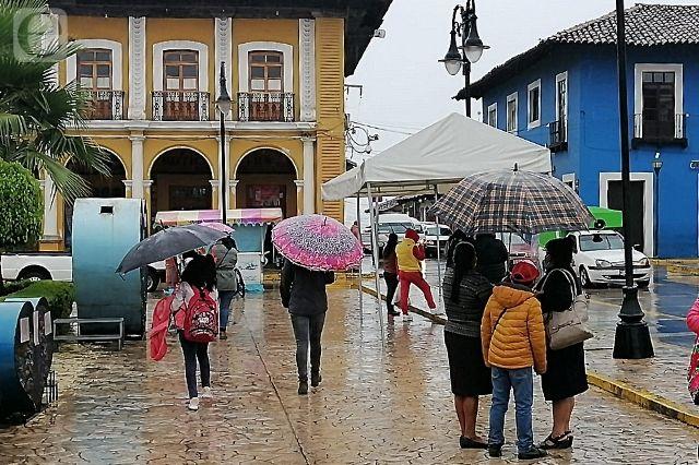 Lluvias mantienen en alerta a municipios de la sierra